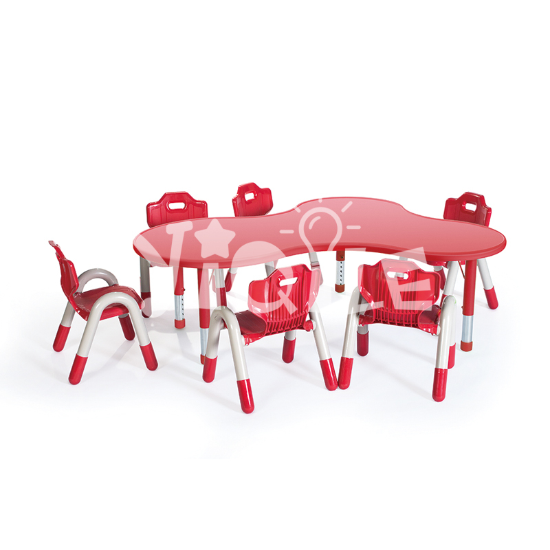 Adjustable height kids table chairs island shape LLDPE blow one time molding technology