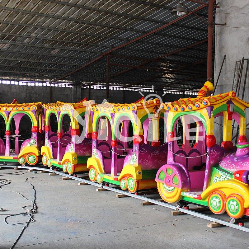 Hot sale luxury 14 Seats kiddie rides amusement park trains for sale