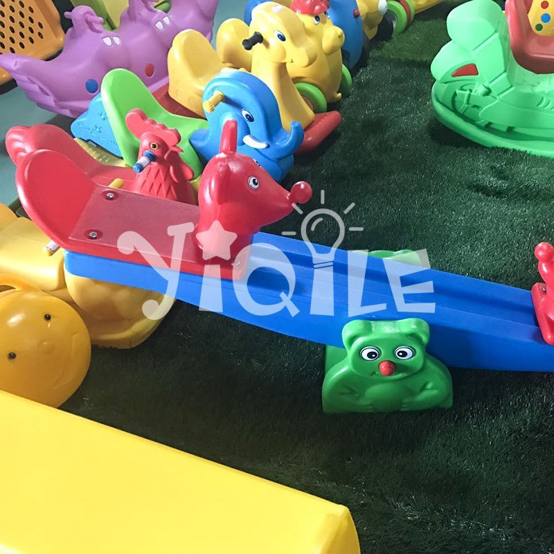 Blowing technology colorful animal modeling plastic  seesaw seat on sale