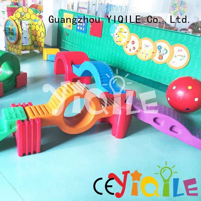 YIQILE multifunction on preschool kids outdoor play house color