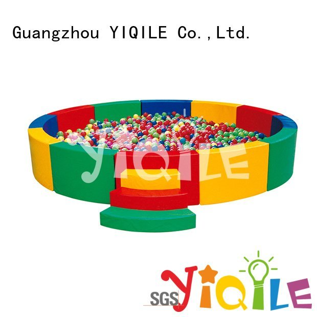 popular house YIQILE kids outdoor play house